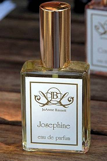 ROYAL COLLECTION - JOSEPHINE
